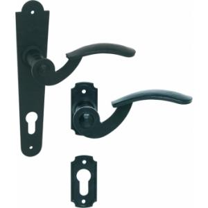 Kované kliky na dveře a brány